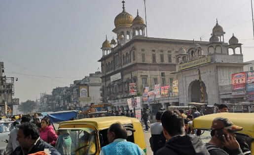 Die trubeligen Straßen von Delhi