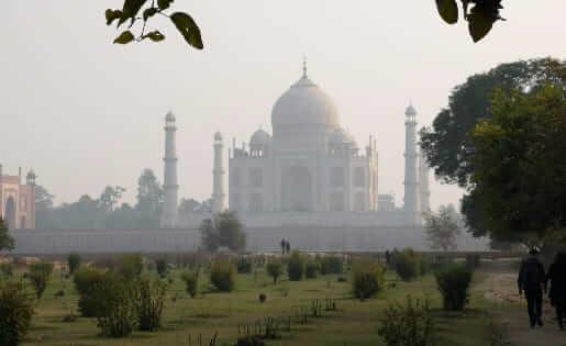Der wunderschöne Ausblick auf das Taj Mahal