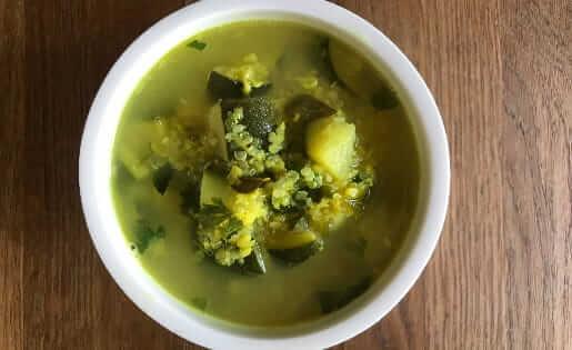 Zucchini MungDhal-Suppe