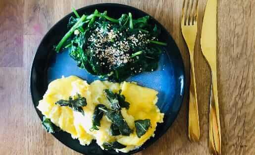 Polenta mit Spinat & Salbei