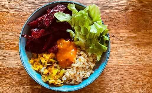 Ernährung im Sommer Ideen für Ayurveda