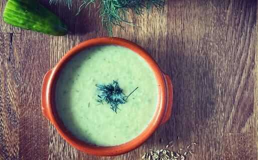 Ayurvedische Sommer-Suppe mit Kohlrabi und Gurke