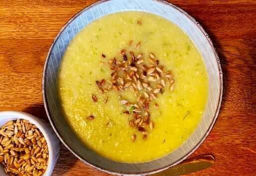 Ayurvedische Apfel-Sellerie-Suppe einfach & schnell zubereitet