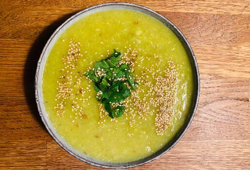 Ayurvedische Fenchel-Lauch-Suppe