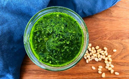 Ayurvedische Bärlauch-Pesto
