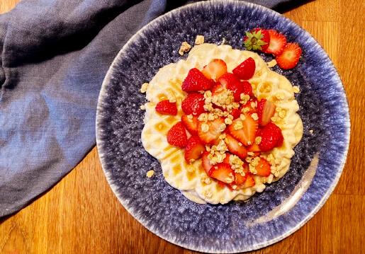 Ayurvedische Waffeln mit Erdbeeren